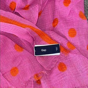 Gap Border Dot Scarf with Neon Magenta
